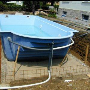 Realizzazione piscine seminterrate parma - Piscine prefabbricate vetroresina ...